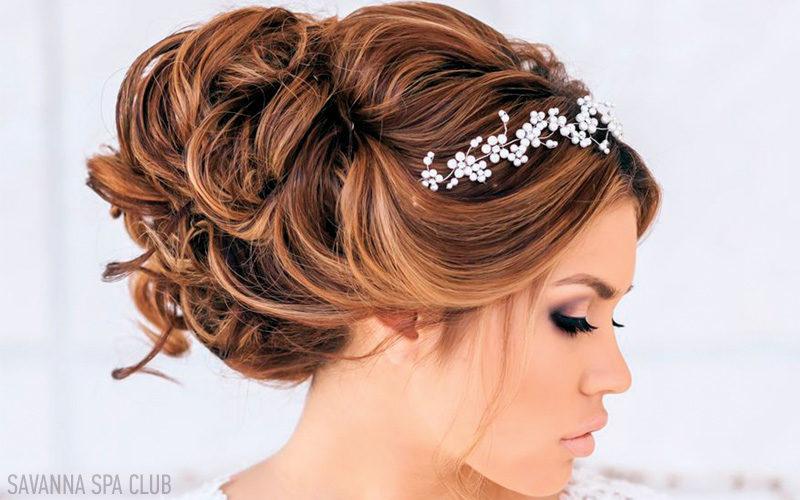 зачіска весільна, зроблена на свято