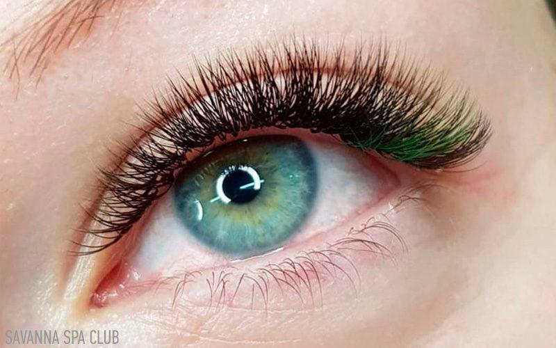 нарощення кольорових вій (зелені)