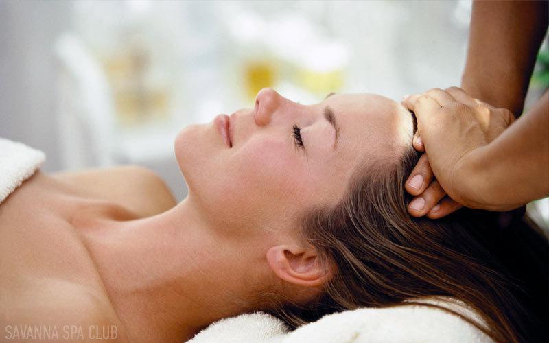 масаж голови в салоні краси