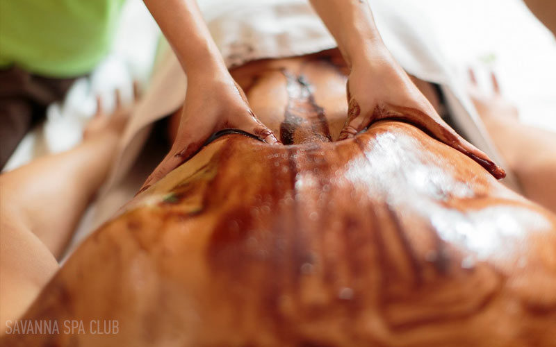 масаж шоколадом