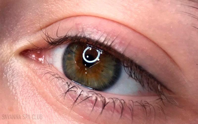 татуаж очей стрілки