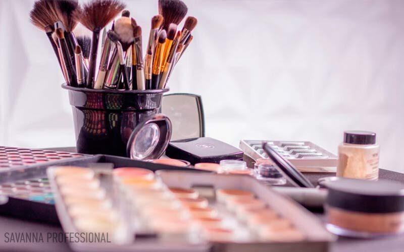 косметика для макіяжу